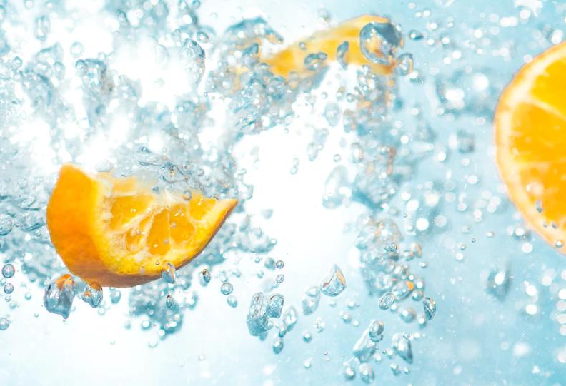 wasser mit zitrone versetzten abnehm drink
